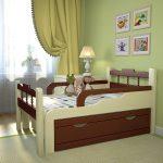 широкая детская кровать с бортиками