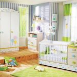 детская кроватка бело зеленая