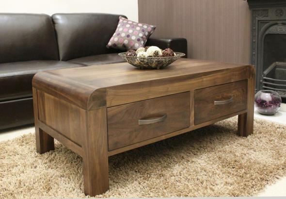 столик с ящиками из дерева