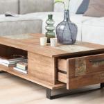 дизайнерский столик из дерева