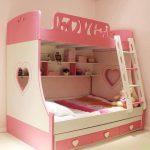 стильная двухъярусная кровать для девочек