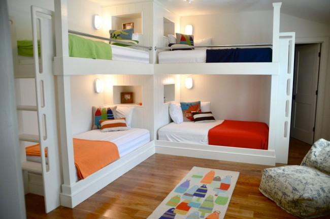 двухъярусная кровать две под углом