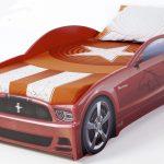 красная спортивная машинка кроватка
