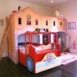 домик кровать с машинкой
