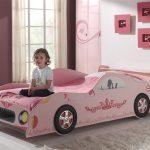 розовая девчачья кровать машинка