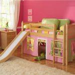 домик кровать для девочки с горкой