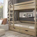 деревянная кровать на двоих в детскую