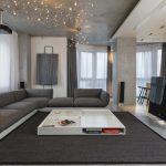 низкий серый диван уголок