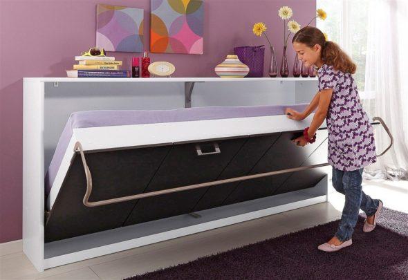 Практичная кровать для гостиной