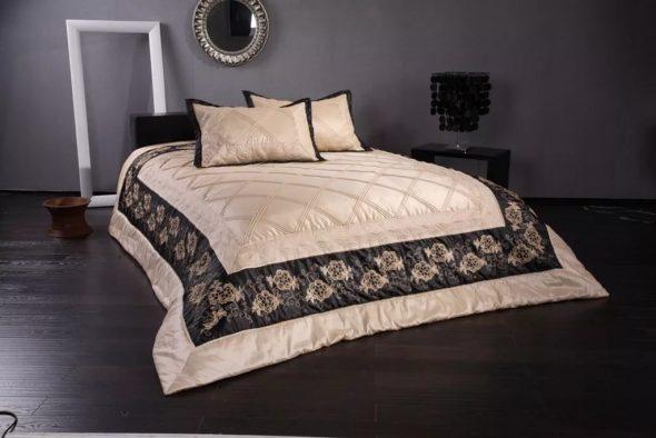 Покрывало для двухспальной кровати - красивое