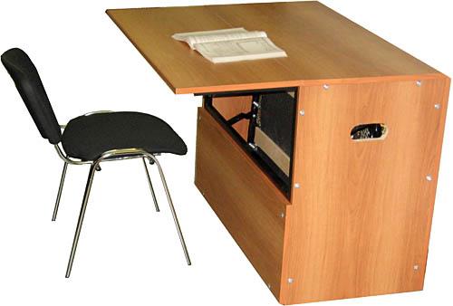 кровать тумба стол
