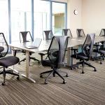 современные офисные кресла