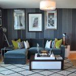 диван еврокнижка в интерьере гостиной