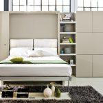 откидная кровать в современном стиле