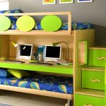 стол-кровать в детскую зеленого цвета