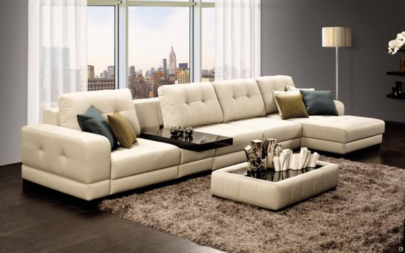 уютная комната с диваном