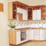 Гарнитуры для маленькой кухни - вместительность и эргономика
