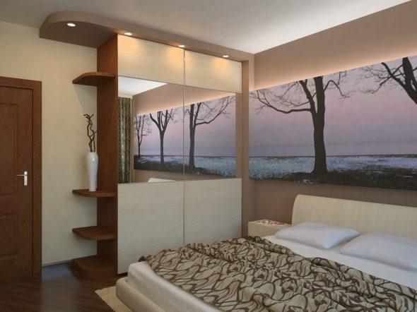 Интерьер в узкой спальне