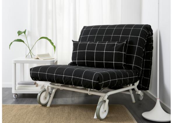 Кресло-кровать от ИКЕА в черном цвете