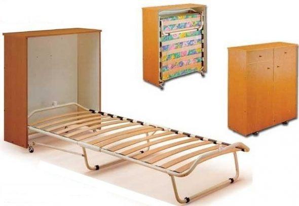 кровать с матрасом в виде тумбы