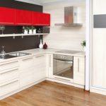 Кухонный гарнитур белого с красним цвета