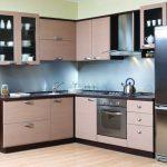 Кухонный гарнитур (маленький)