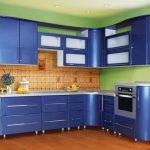 Кухонный гарнитур синего цвета