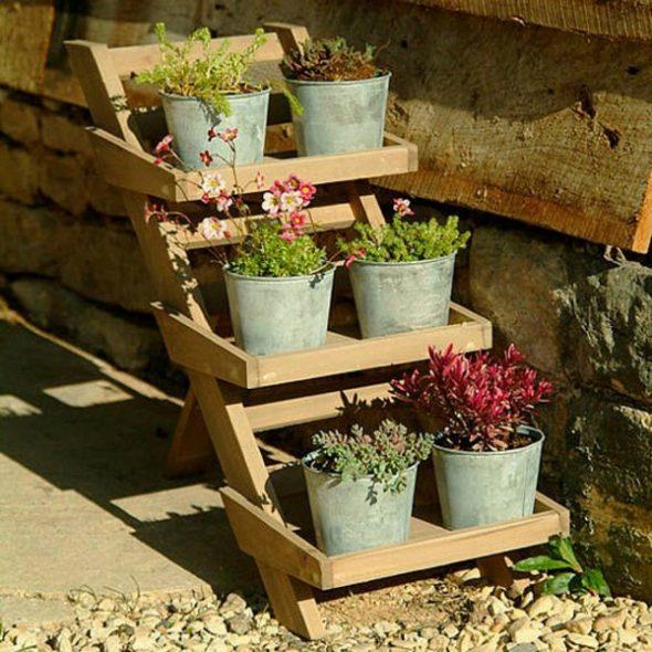 Оригинальные идеи цветочных подставок-этажерок
