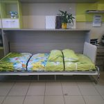 Откидная кровать и стол для детей