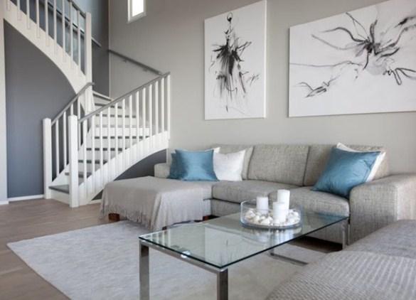 Серый диван в интерьеры