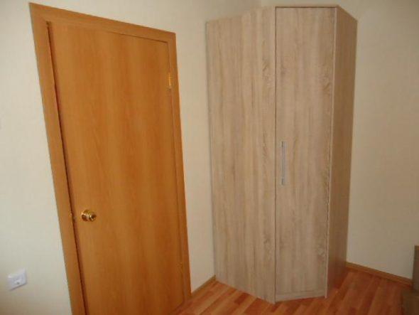 Собрать угловой шкаф