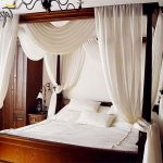 балдахин над кроватью классический