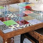 цветной декор столика