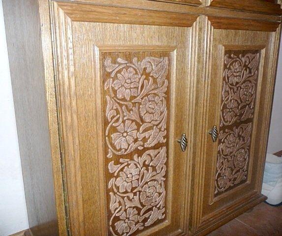 шкаф с декоративной штукатуркой