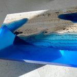 дизайнерский стол из спила дерева
