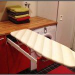 доска гладильная на кухне
