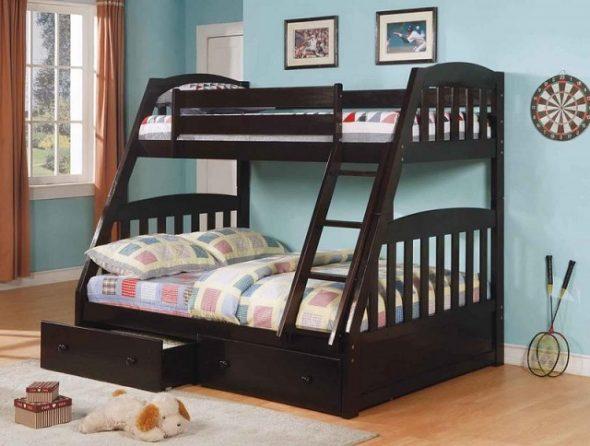 двухъярусная трехспальная кровать