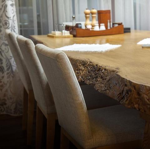 эксклюзивный стол из спила