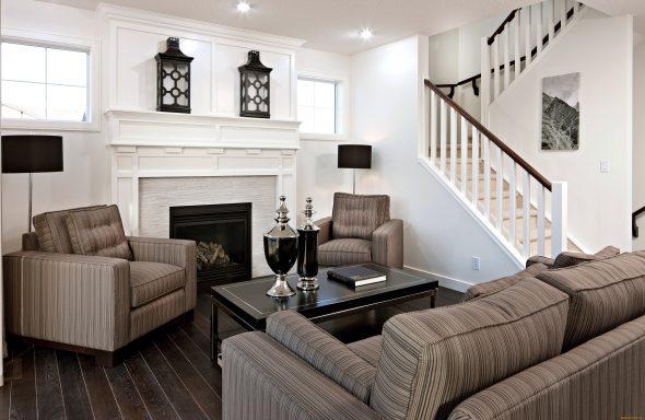 гостиная с диваном и креслами