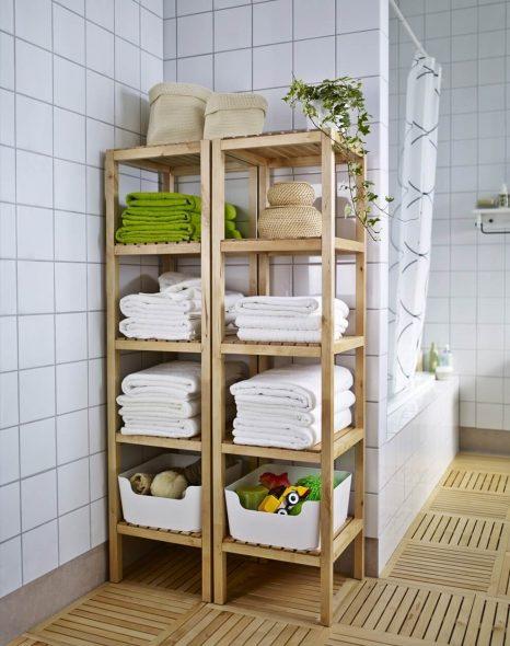 этажерка из дерева для ванной комнаты