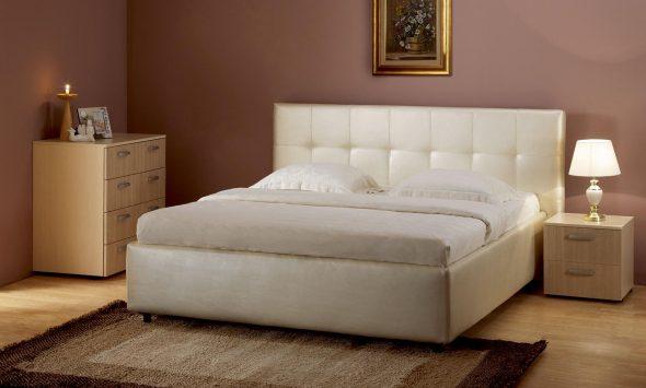 класическая модель кровати