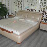 кожаная современная кровать