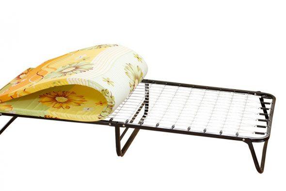 кровать раскладная с матрасом