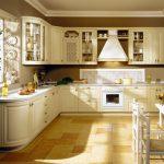 нежный цвет кухонного гарнитура