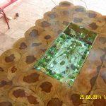 стол из спилов дерева