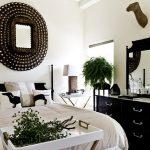 зеркала в интерьере в спальне