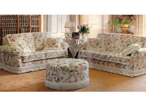 Декор дивана своими руками