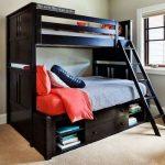Двухъярусная кровать для взрослых темного цвета