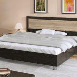 двуспальная кровать подъемная дизайн интерьер