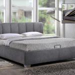 двуспальная кровать подъемная серого цвета